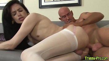 Xvideos xxx sexo com transex magrinha